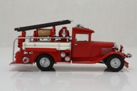 Matchbox Collectibles; YFE06; 1932 Ford AA Fire Engine