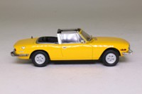 Atlas Editions 4 656 112; Triumph Stag; Open Top, Yellow
