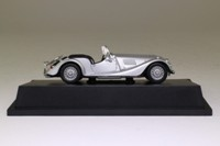 Atlas Editions 4 656 115; Morgan Plus 8 Sports Car; Open Top, Metallic Silver