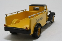 Matchbox Collectibles YVM36835; 1933 Diamond T Low-Wall Truck