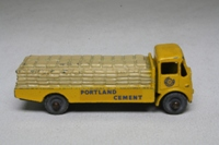 Albion Chieftain cement lorry - 51a