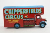 Corgi Classics 97092; Bedford O Series Pantechnicon; Chipperfields Circus; Billy Smee Wardobe; Red/Blue