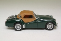 Matchbox Collectibles DYB01-M; 1959 Triumph TR3A Sports
