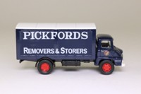Vanguards VA6003; Ford Thames Trader Box Van; Pickfords Removers & Storers