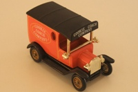 DG006-Ford Model T Van 1928