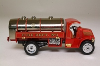 Matchbox Collectibles YFE11; 1923 Mack AC Water Tanker