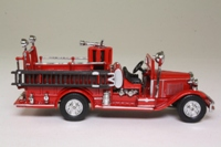 Matchbox Collectibles; YFE09; 1932 Ford AA Open Cab Fire Engine