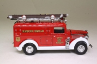 Matchbox Collectibles; YFE10; 1937 GMC Rescue Squad Van