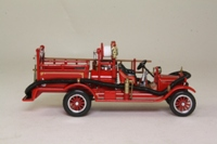 Matchbox Collectibles YFE22-M; 1916 Ford Model T Fire Engine