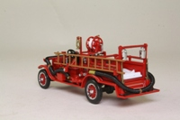 Models of Yesteryear YFE22-M; 1916 Ford Model T Fire Engine; Red