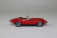 Matchbox Collectibles DYB02-M; 1967 Jaguar E-Type Roadster