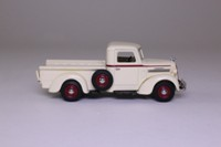 Matchbox Collectibles YTC04; 1939 REO Speedwagon