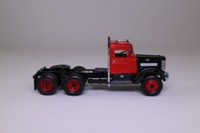 Matchbox Collectibles DYM35219; 1939 Peterbilt COE Truck