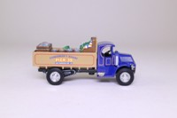 Matchbox Collectibles YY030A/SB-M; 1920 Mack Truck AC; Fisherman's Wharf