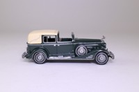 Matchbox Collectibles DYM35181; 1933 Cadillac 452 V16; Dark Grey, Cream Hood