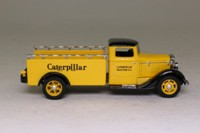 Matchbox Collectibles YYM92014; 1933 Diamond T Pickup
