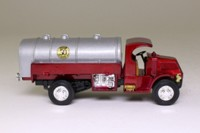 Matchbox Collectibles 96874; 1923 Mack AC Water Tanker; Matchbox 50th Anniversary; 1952-2002