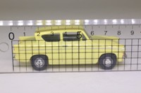 Vanguards VA1008; Ford Anglia 105E Deluxe, Yellow
