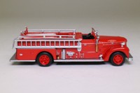 del Prado Fire Engines of the World #48; 1952 Seagrave Fire Pumper; 70th Anniversary Series