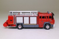del Prado World Fire Engines Series #89; 1998 FMOGP Iveco 190-32 Sides Annie Fire Truck