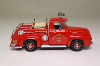 Matchbox Collectibles YFE14; 1953 Ford Pickup Fire Truck