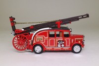 Matchbox Collectibles; YFE08; 1936 Leyland Cub Fire Engine FK-7