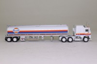Matchbox Collectibles DYM36838; Kenworth Cabover Aerodyne; Artic Tanker