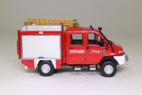 Fire Engines of the World Series #113; 1997 VSR 4x4 SCAM Fire Truck