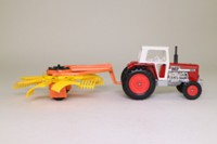 Matchbox SuperKings K-87/1; Tractor and Rotary Rake Set; Massey Ferguson 595
