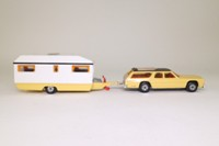 Matchbox Super Kings K-69/1; Caravan Touring Set