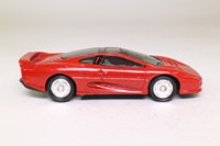 Matchbox SuperKings WS-700; 1992 Jaguar XJ220