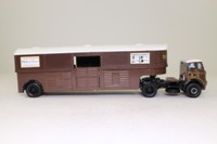 Corgi Classics 27701; Atkinson; Articulated Horse Box; Whitbread