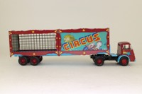 Corgi Classics CP10502; ERF KV; Artic Flatbed, Circus Animal Cages