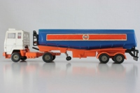 Ford Transcontinental; Gulf Tanker - 1160